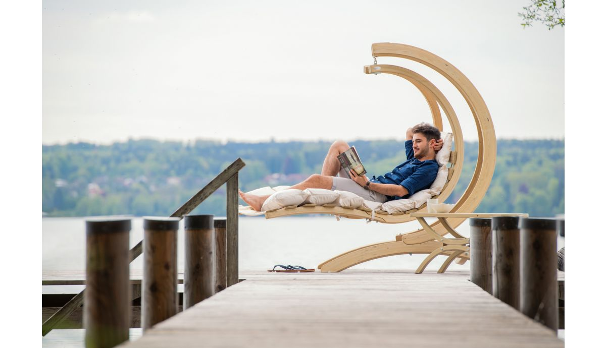 'Swing Lounger' Creme Single Hanging Chair